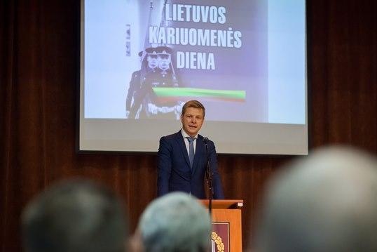Vilniaus meras pasveikino Lietuvos Karo akademijos narius kariuomenės dienos proga