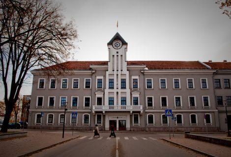 Šiaulių meras siūlo komisijai palaukti teismų sprendimų