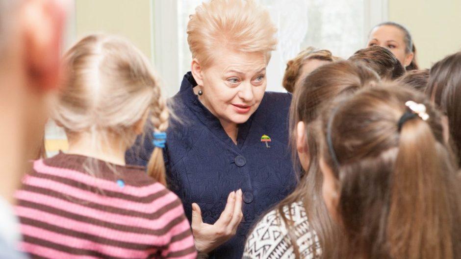 Prezidentė Kauną laiko pavyzdžiu keičiant požiūrį į vaikų globą