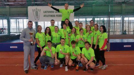 Šiaulių valstybinės kolegijos lengvaatlečiai pasipuošė medaliais