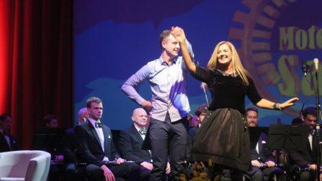 Moteris Saulė 2016 konkurso metu joniškietei atiteko žiūrovų simpatijų prizas