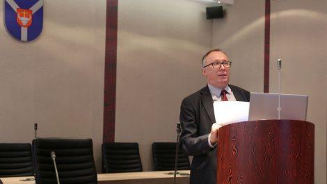A.Krupavičius: didžiausi iššūkiai Lietuvos laukia už artimiausio posūkio