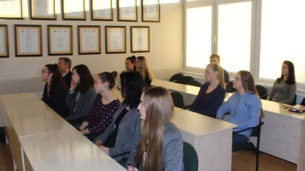 Savivaldybės merą aplankė Šilutės pirmosios gimnazijos mokiniai