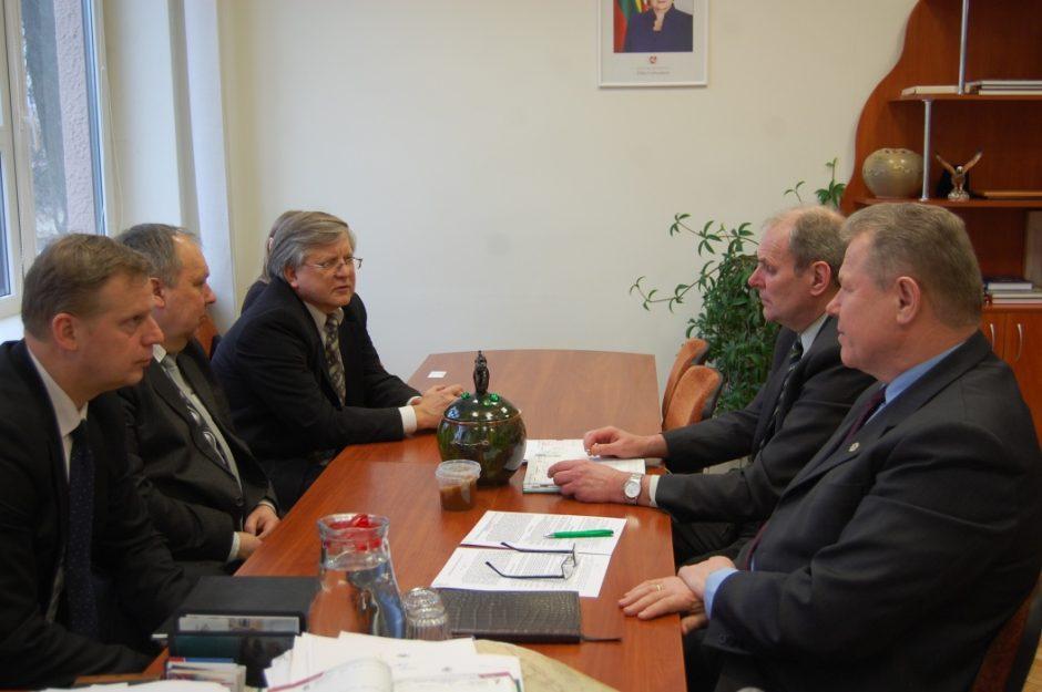 Anykščiuose lankėsi Panevėžio apskrities VMI vadovai