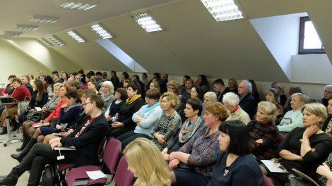 Lietuvių kalbos kultūros metams skirtas renginys: pagerbti mokytojai, bibliotekininkai, išklausytos paskaitos