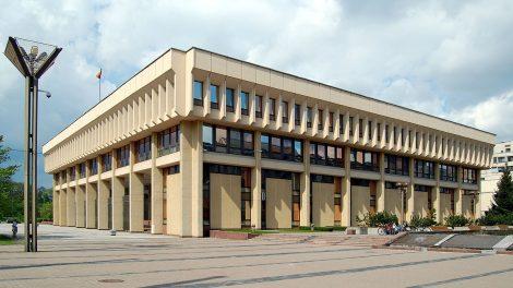 Seimas pritarė gyventojų pajamų mokesčio pakeitimams