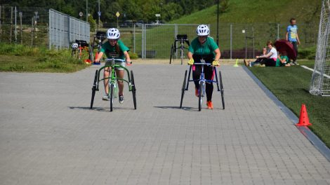 Neįgaliųjų sporto šventėje lijo medaliais
