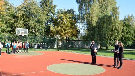 Atidarytas Lietuvos vaikų socialinės globos namų krepšinio turnyras