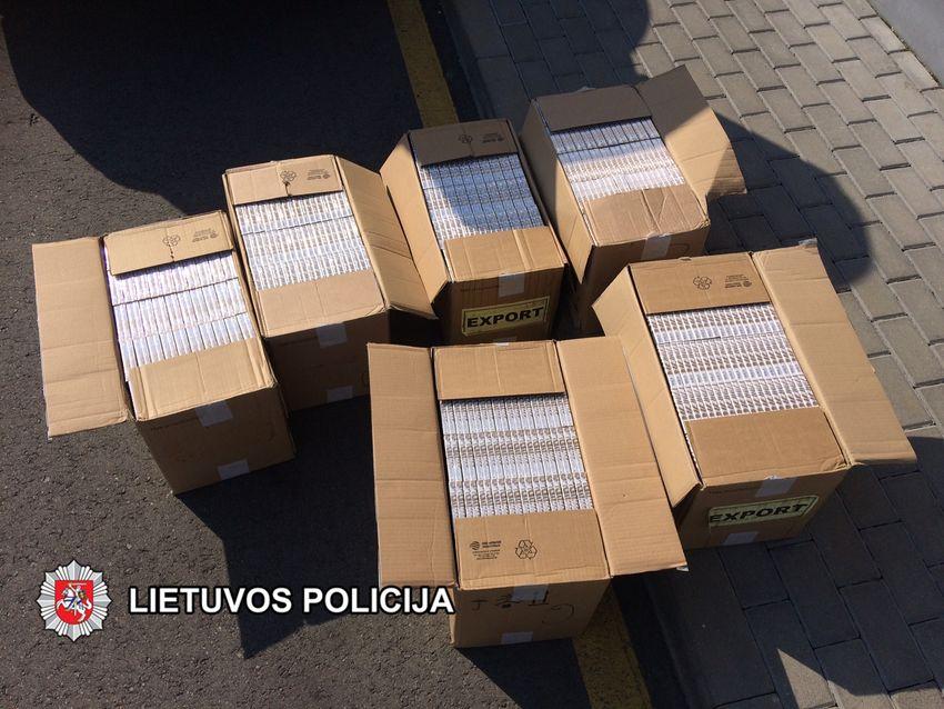 19-metė Skuodo rajono gyventoja sulaikyta su dideliu nelegalių cigarečių kroviniu