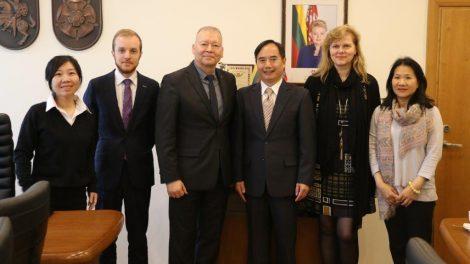Alytaus miestu domėjosi Kinijos ambasados atstovai