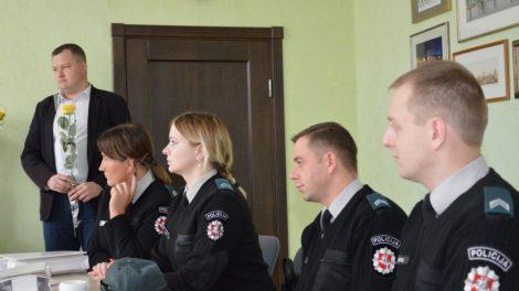 Policijos pareigūnų aprūpinimas įrankiais, būtinais operatyviai gelbstint į nelaimę patekusius žmones, pasiteisino – Joniškio rajone išgelbėta moteris