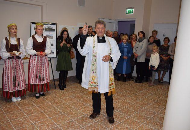 Ariogaloje atidaryti kultūros namai