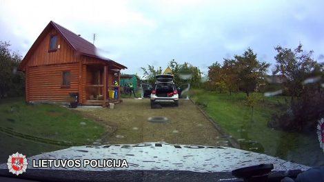 Joniškio rajone išgelbėta į šulinį įkritusi moteris