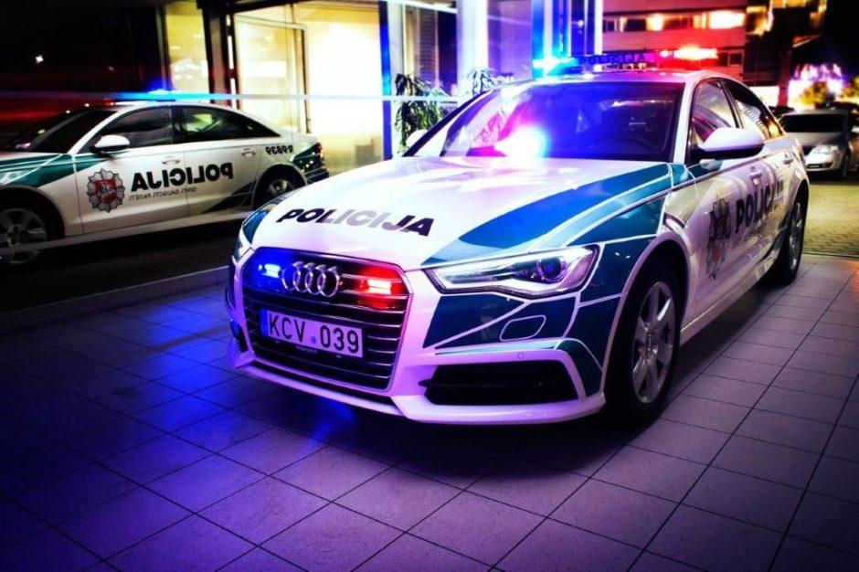 Policija keičia tarnybinių automobilių dizainą (15 nuotraukų)
