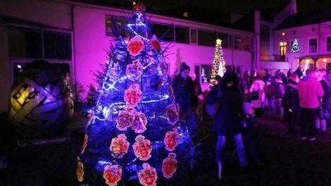 Uostamiestyje įsižiebs kalėdinių eglučių kiemelis