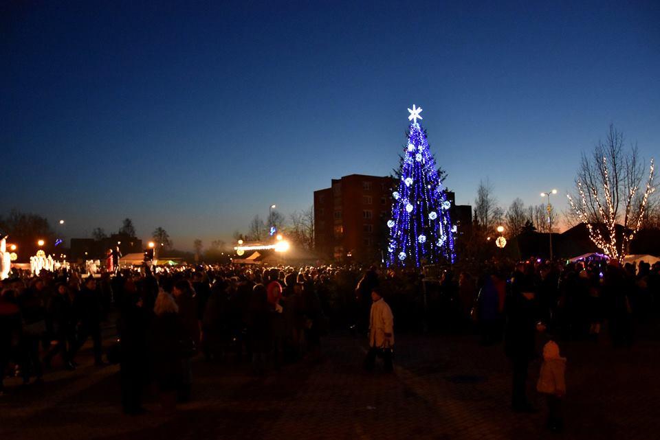 Kalėdų eglutės įžiebimo šventė