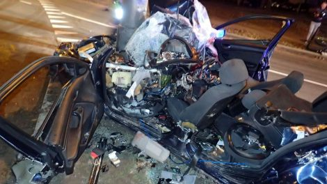 Neatsakingas BMW vairuotojo elgesys pareikalavo trijų gyvybių (pilnas vaizdo įrašas)