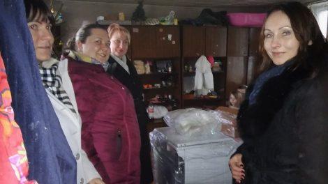 Investicijų ir projektų valdymo skyriaus kolektyvas vieningai įsiliejo į Kalėdinį gerumo sūkurį