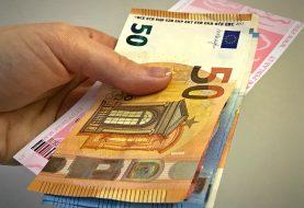 Daugiau nei 8000 eurų vertės loterijos bilieto laimėjimą pasisavinę sukčiai stos prieš teismą