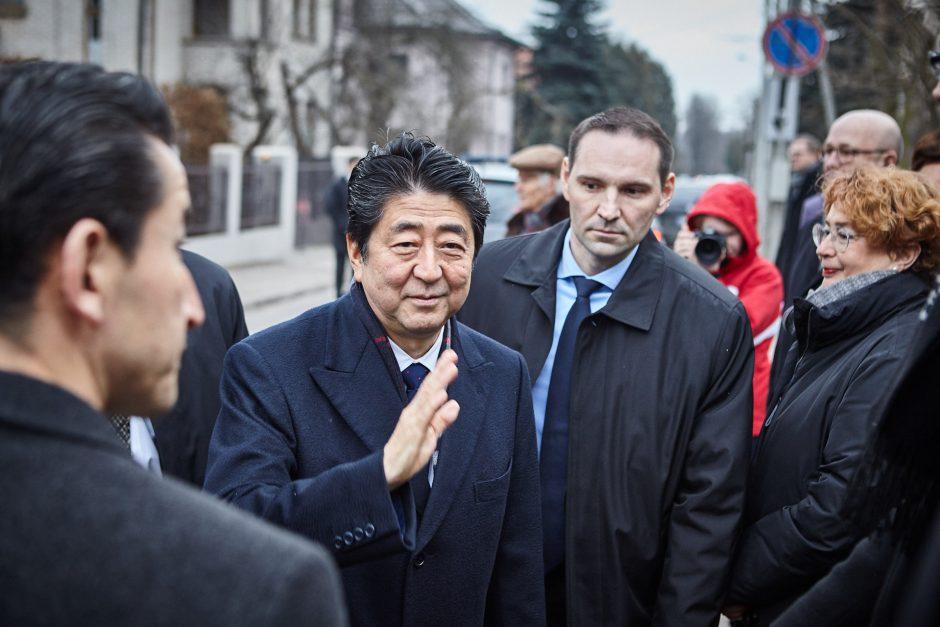 Kaune – istorinis Japonijos premjero vizitas