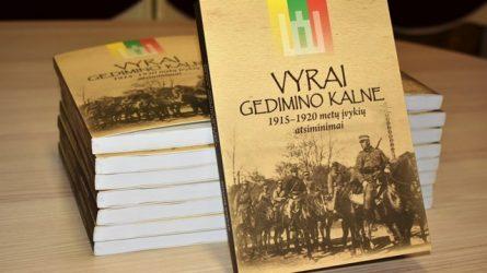 """Kuršėnuose pristatyta Stasio Butkaus knyga """"Vyrai Gedimino kalne"""""""