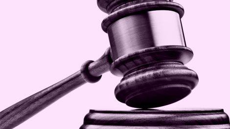 """Dėl teismo sprendimo panaikinti lopšelio – darželio """"Kulverstukas"""" direktorei skirtą nuobaudą"""