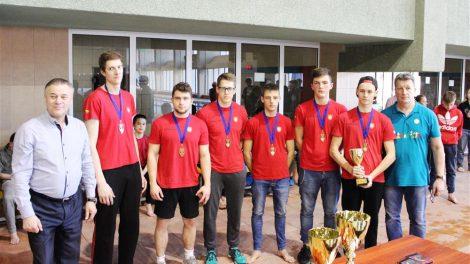 Alytaus kanupolininkai iškovojo du bonzos medalių komplektus