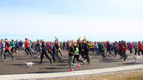 NATO narystei ir Valstybės šimtmečiui skirtas bėgimas ieško rėmėjo