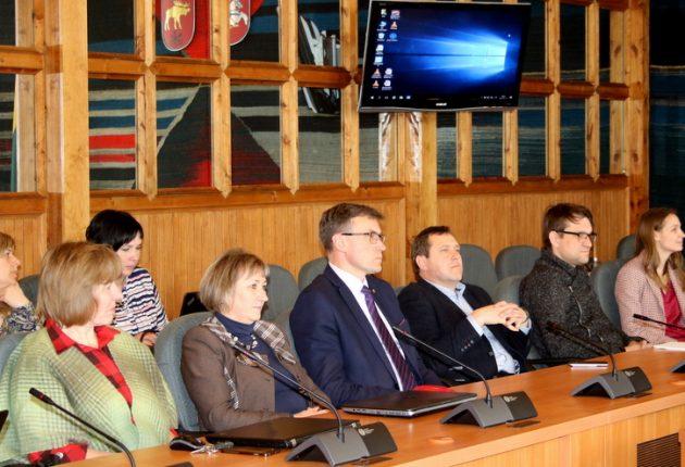 Lazdijai ir Kėdainiai – Lietuvos vartai į pasaulį