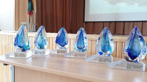 Verslo atstovams įteikti garbingi apdovanojimai