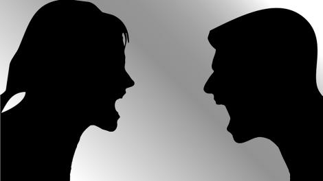 Nutrauktas ikiteisminis tyrimas dėl tėvų piktnaudžiavimo savo teisėmis