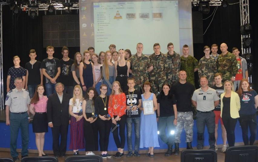 """Druskininkų komanda ‒ stipriausia teisinių žinių konkurse """"Temidė"""""""