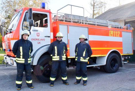 Klaipėdos rajono ugniagesių darbo sąlygos nuolat gerėja: bus svarstoma apie naujos įrangos įsigijimą