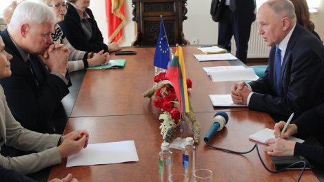 Klaipėdos meras susitiko su EK nariu V. Andriukaičiu