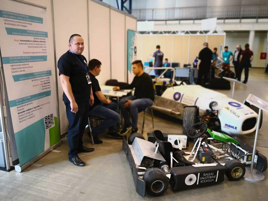 Šiaulių studentų sukonstruoti projektai pristatyti tarptautinėje parodoje