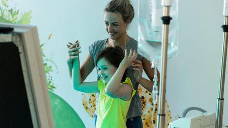 Per 4 mėnesius onkologinėmis ligomis sergantiems vaikams prekybos tinklo pirkėjai paaukojo beveik 40 tūkst. eurų