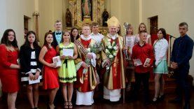 Kučiūnuose Šv. Jono Krikštytojo Gimimo atlaidai bei garbingi kunigystės jubiliejai