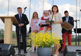 Klaipėdos rajono savivaldybė Lietuvos kaimo turizmo vėliavą perdavė Alytaus rajonui