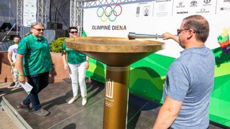 Panevėžyje uždegtas deglas skelbė Olimpinės dienos pradžią