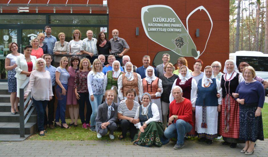 Su projekto partneriais iš Ožyšo išbandytos turizmo galimybės Varėnos krašte