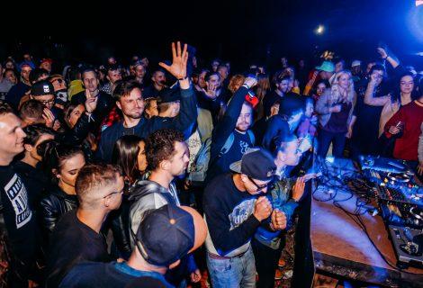 Naują Elektroninės Šokių Muzikos Festivalį laimina Miestelio Klebonas