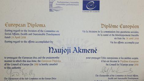 Europos apdovanojimas parvežtas į Naująją Akmenę