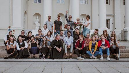 Jaunimo giesmė Popiežiaus vizitui jau turi vaizdo klipą