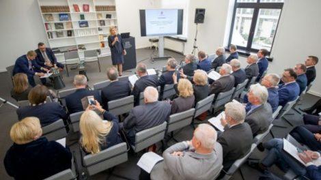 Pasirašytas memorandumas dėl bendradarbiavimo didinant kultūros įstaigų darbuotojų atlyginimus