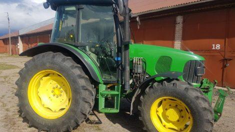 Pareigūnai vieną po kito atranda Latvijoje pagrobtus ir į Telšius pargabentus traktorius