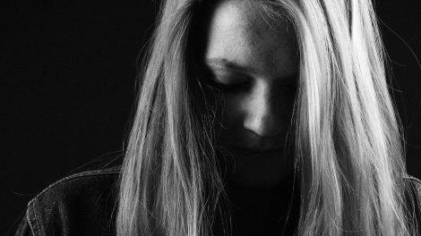 Gyvenimas pataisos namuose nesutrukdė smurtauti prieš žmoną