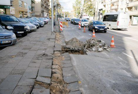 Šiemet atsinaujins visa Antakalnio gatvė – prasidėjo paskutinės atkarpos remontas