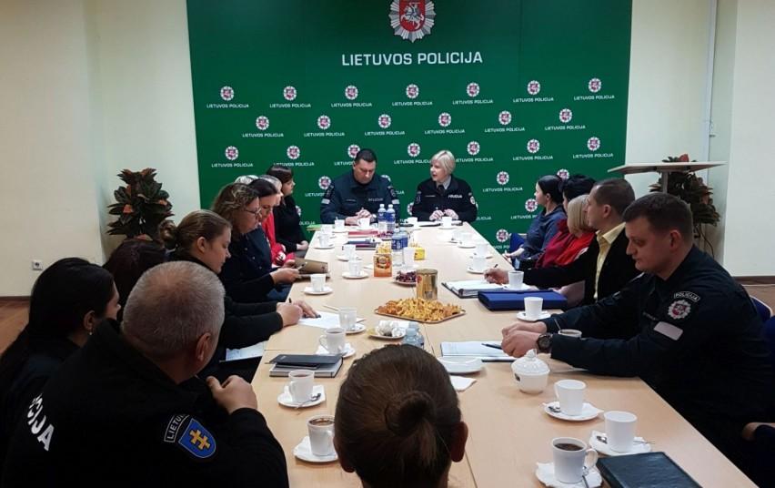 Susitikimas su socialiniais partneriais dėl nukentėjusiųjų nuo smurto