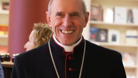 Gimtadienį pasitinka Šiaulių vyskupas Eugenijus Bartulis