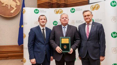 Apdovanojimai už atsinaujinančių išteklių panaudojimą ir sėkmingą veiklą
